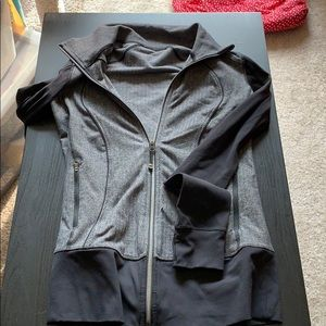 Lululemon black and grey zip up yoga top size 12